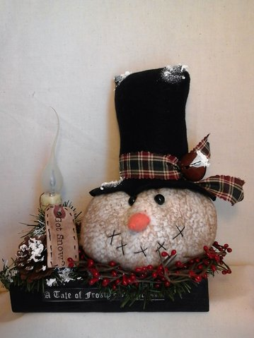 Lighted Primitive Holiday Snowman